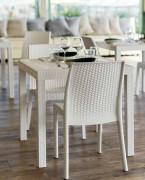 Mesas de exterior para hoteles y restaurantes en Vaesan